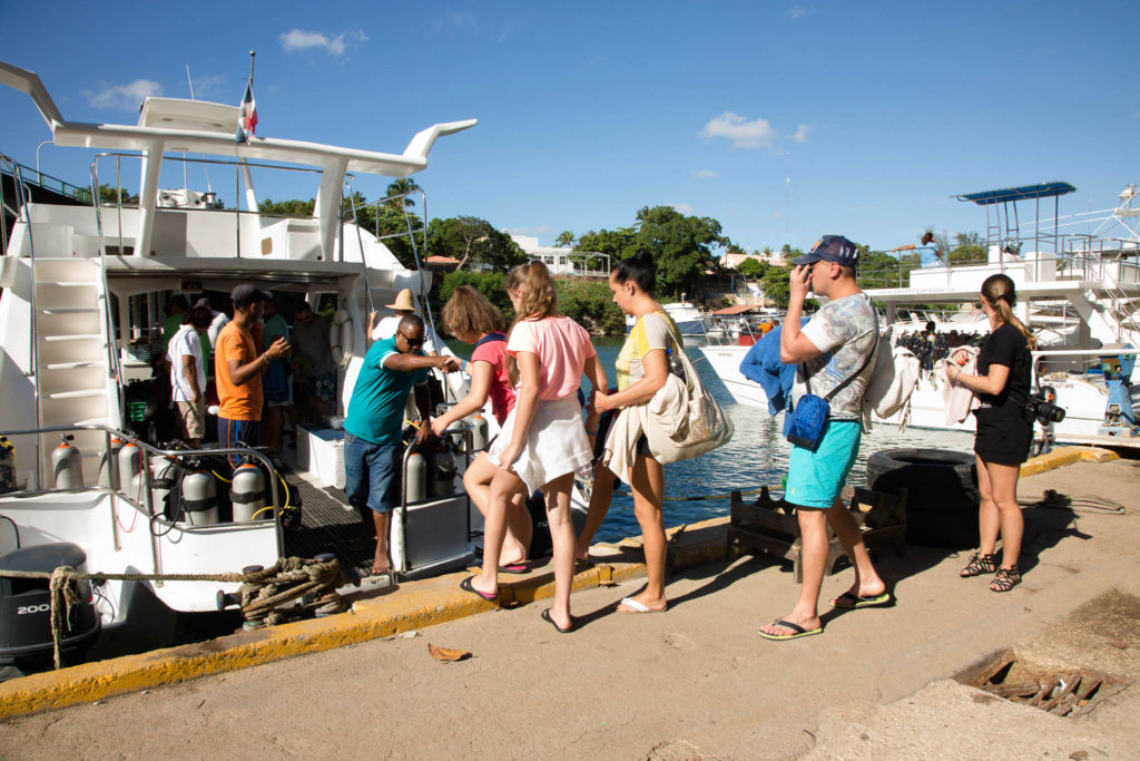 Customers boarding a Passion Paradise excursion